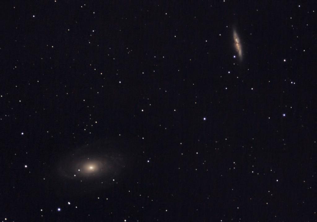 Galaktyka Cygaro M82 Galaktyka Bodego M81