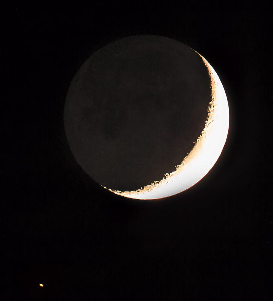 Koniunkcja Księżyca z Saturnem