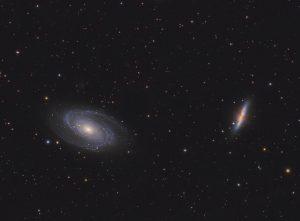 Galaktyki Cygaro M82 i Bodego M81